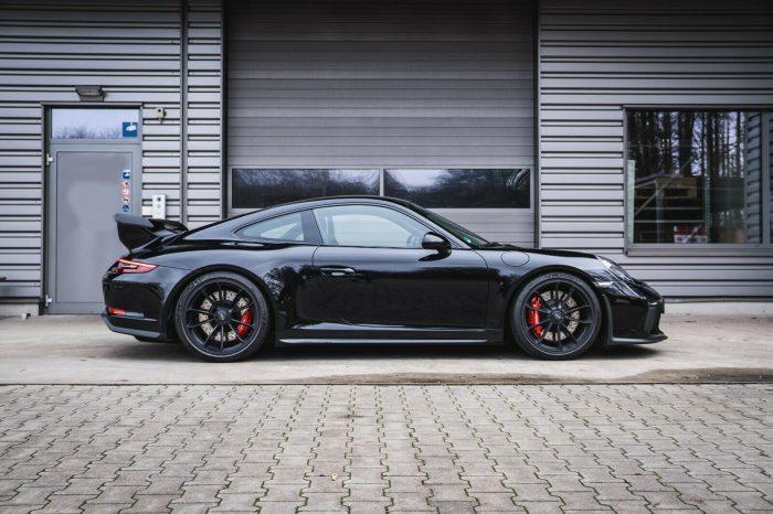 Alquilar Porsche 911 GT3 500cv